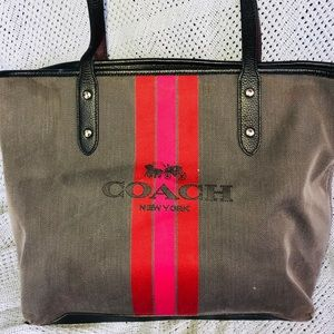 COACH Horse and Carriage Jacquard City Tote (OBO)